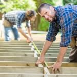 Faire une terrasse en bois soi même, quelle satisfaction !